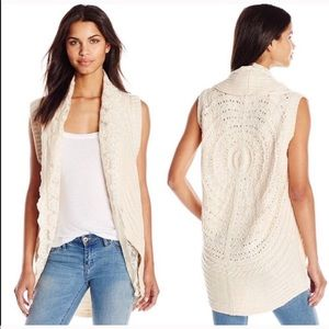 Flying Tomato Cream Lace Knit Crochet Sweater Vest